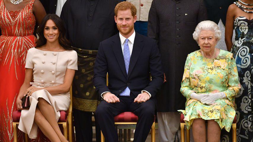 Ohne seine Meghan? Prinz Harry weiht Schule in Afrika ein