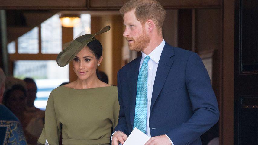 Herzogin Meghan und Prinz Harry an Prinz Louis' Taufe