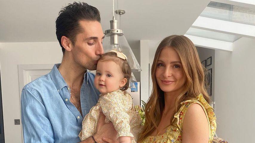 Hugo Taylor mit seiner Frau Millie Mackintosh und Töchterchen Sienna