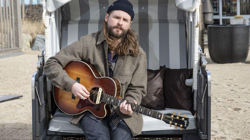 Ian Hooper, Musiker