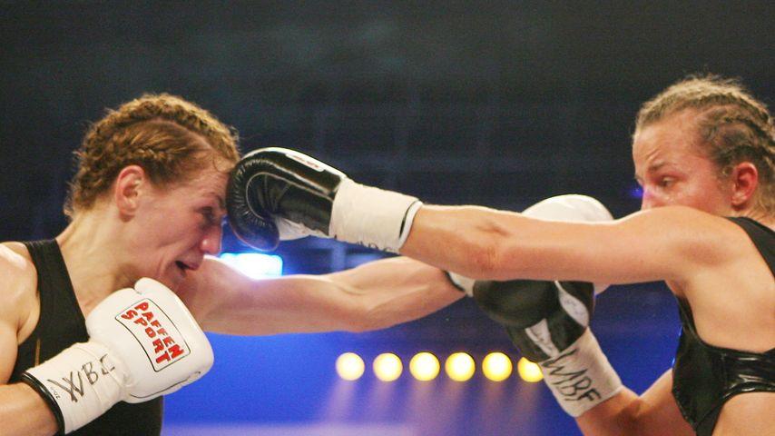 Ina Menzer und Esther Schouten, Boxerinnen