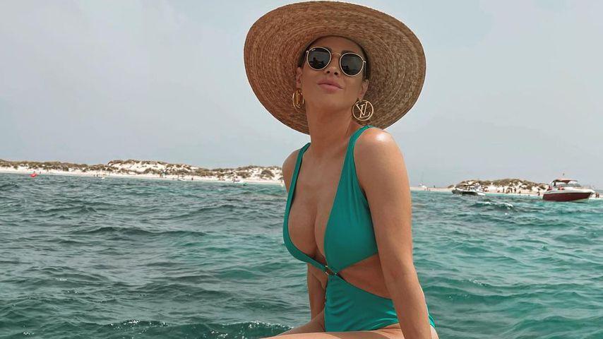 Ina Schnitzer, Model