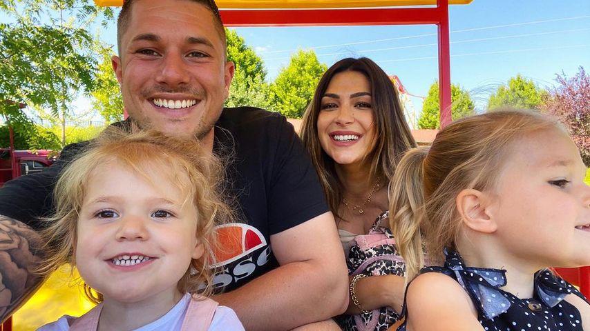 Inci Sencer mit ihrem Mann Daniel und ihren Töchtern