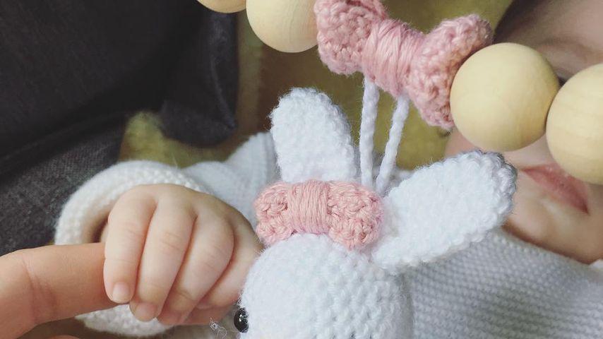 Stolze Mama Isabell Horn: Ihre kleine Ella wird immer süßer!