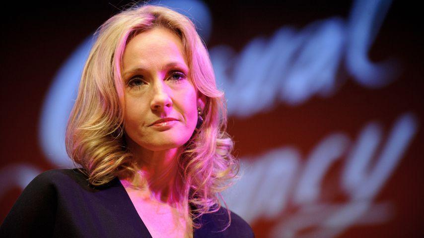 J.K. Rowling bei einer Pressekonferenz in London
