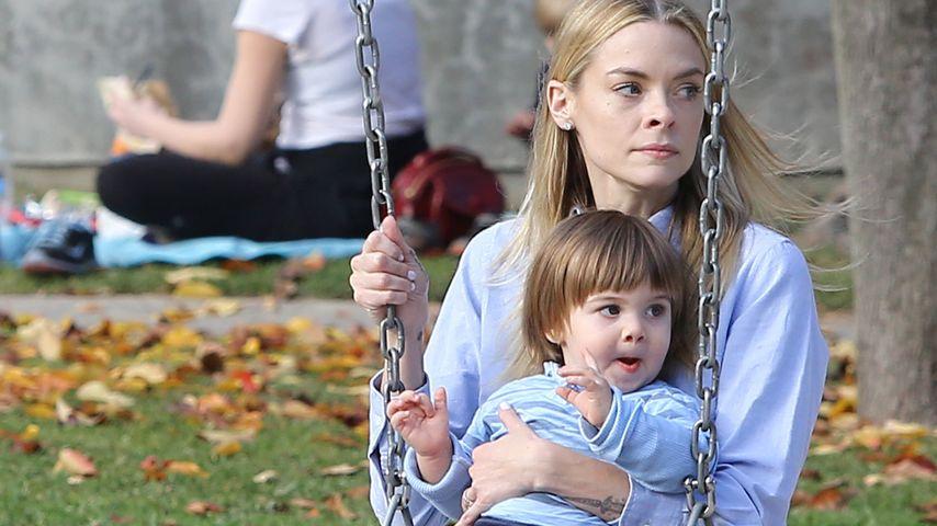 Süße Spielplatz-Zeit für Mama Jaime King & James