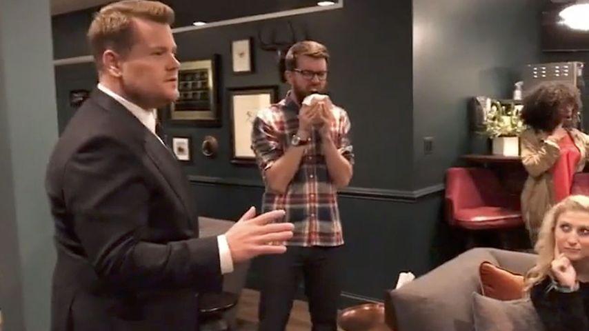 "James Corden macht die ""Mannequin-Challenge"""