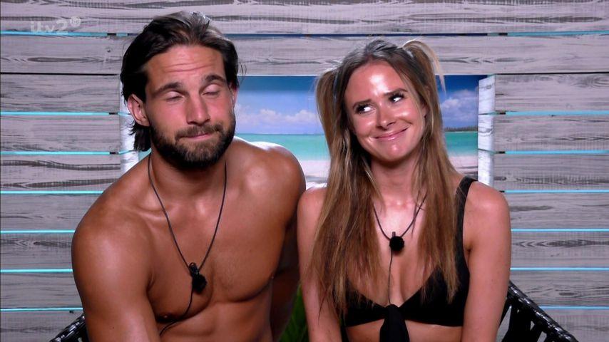 """Jamie Jewitt und Camilla Thurlow, bekannt aus """"Love Island"""""""
