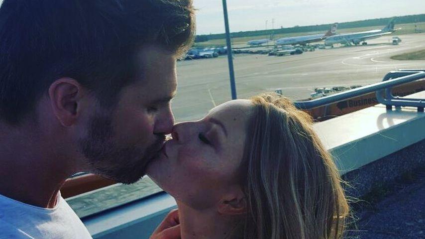 Verlobung? Jana Julie Kilka & Thore Schölermann in love