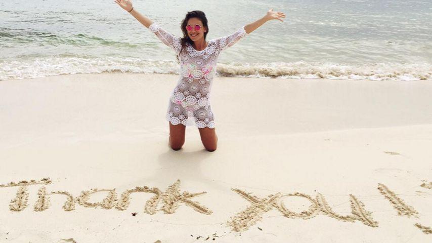 GZSZ-Janina Uhse schenkt ihren Fans ein sandiges Dankeschön