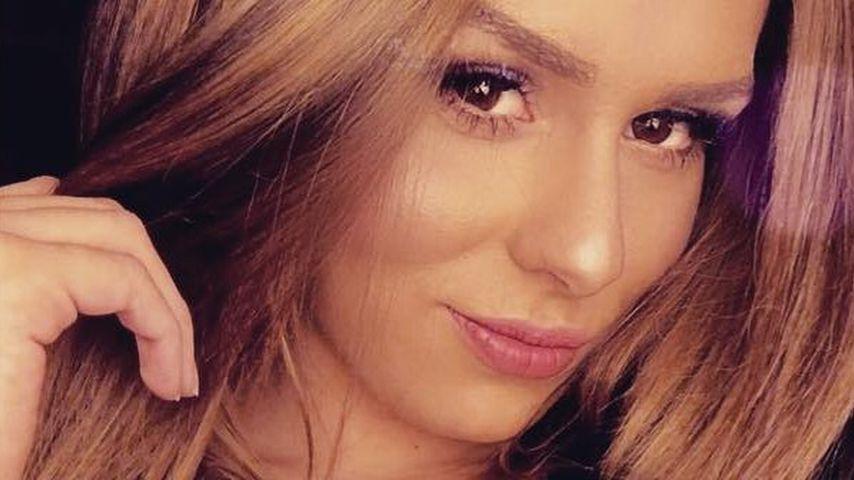 "Janine Christin Wallat, bekannt aus ""Der Bachelor"""