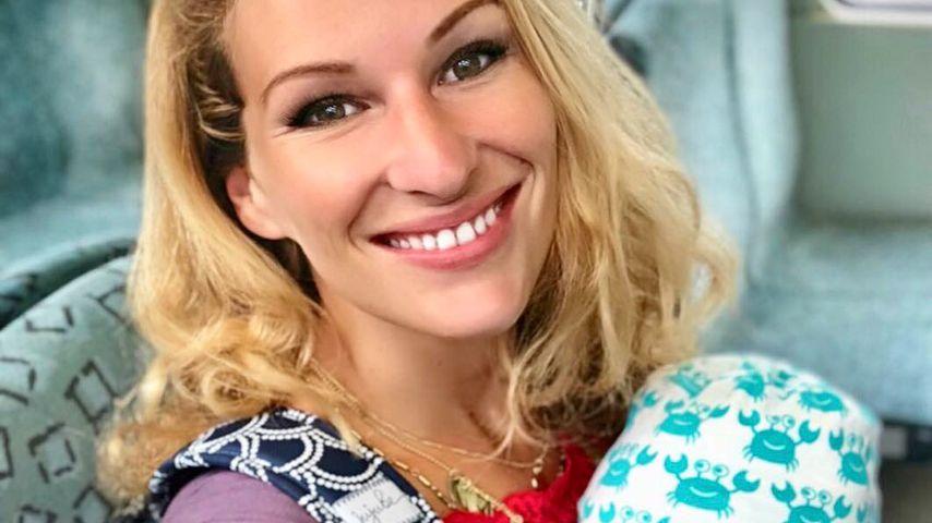 Schwer geworden: Emil-Ocean bringt Mama Janni aus der Puste