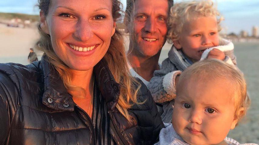 Janni und Peer Kusmagk mit ihren Kids Emil-Ocean und Yoko
