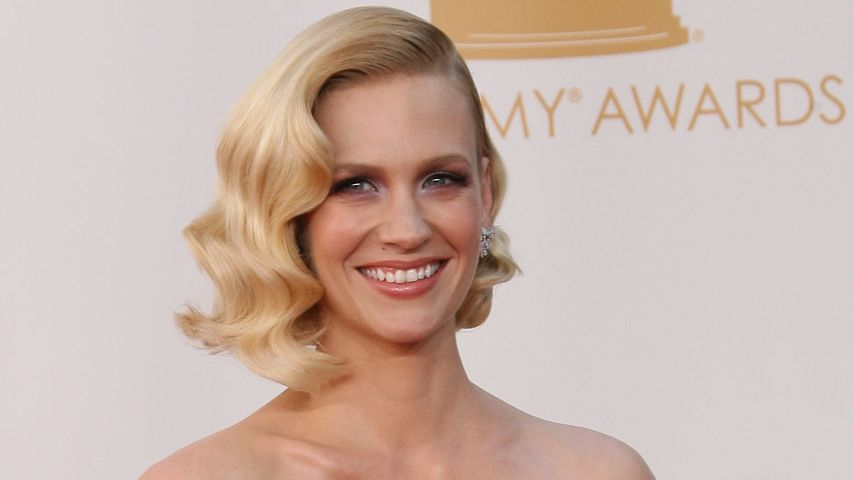 January Jones bei den 65. Emmy Awards