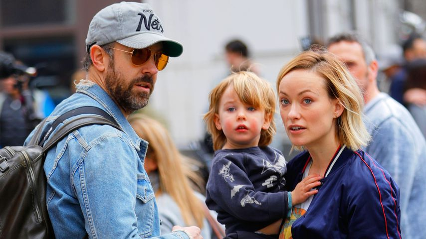 "Jason Sudeikis, Otis Alexander Sudeikis und Olivia Wilde am Set von ""Life Itself"""