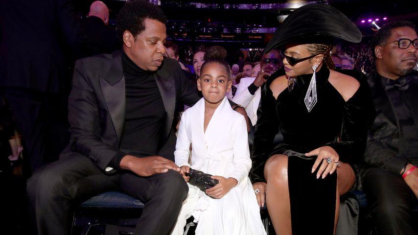 Jay-Z, Blue Ivy und Beyoncé  bei den Grammys in NYC im Januar 2018