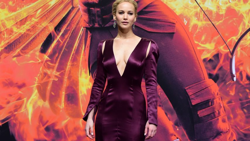 """Mockingjay""-'Weltpremiere: Jen Lawrence glänzt in Berlin"