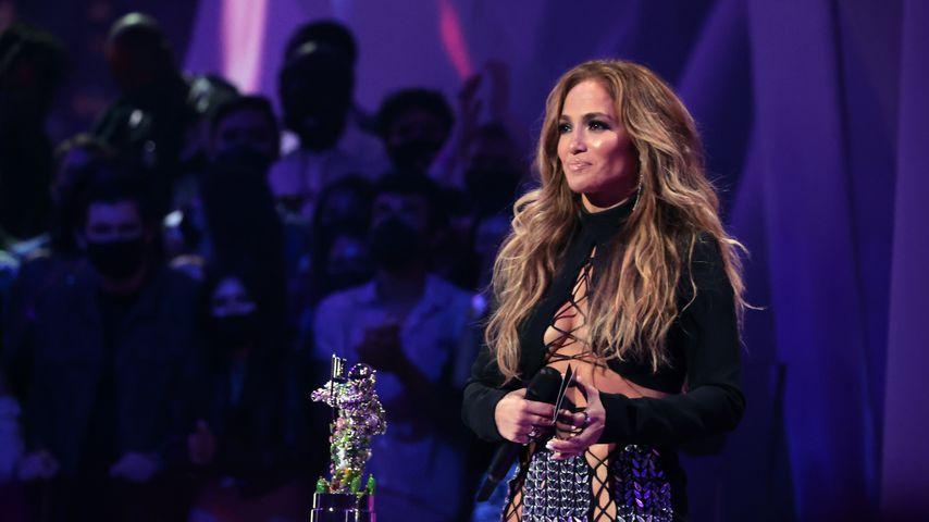 Jennifer Lopez bei den MTV Video Music Awards 2021 in New York City