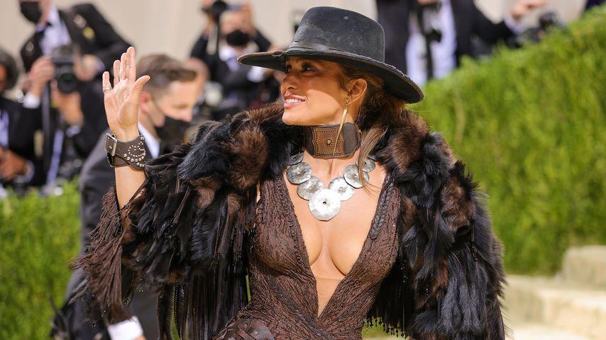 Nächster Paar-Auftritt: J.Lo und Ben knutschen bei Met Gala!