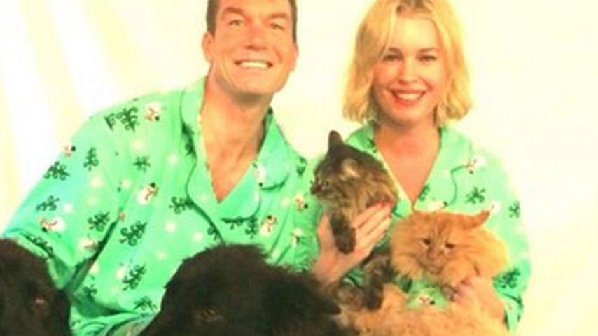 Rebecca Romijin: Tierische Weihnachten im Pyjama