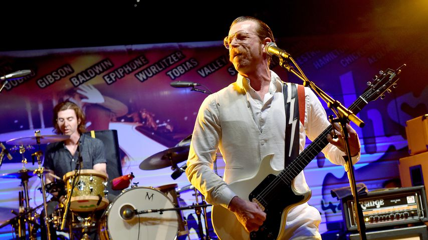 Paris: Eagles of Death Metal retten sich durch die Hintertür