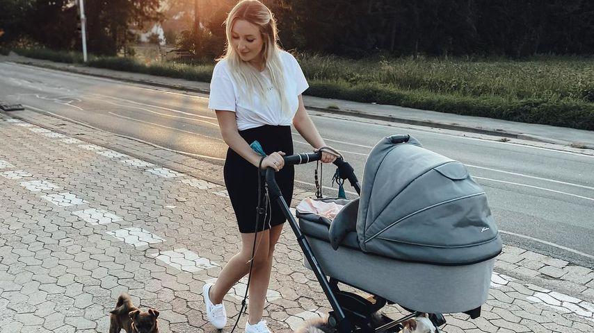 Jessi Schröder mit ihrer Tochter Hailey Emilia