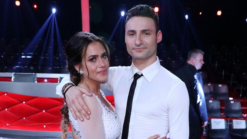 """Jessica Paszka und Robert Beitsch bei der 2. """"Let's Dance""""-Show"""