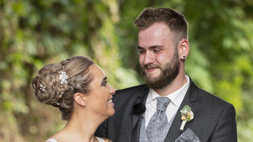 """Jessica und Marc nach ihrem Jawort bei """"Hochzeit auf den ersten Blick"""""""