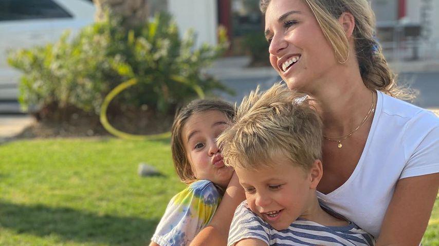Jessie James Decker mit ihren drei Kindern im März 2020