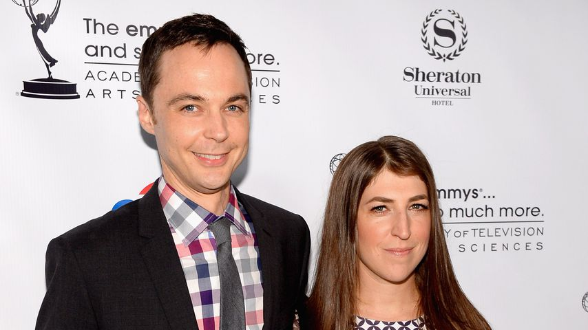 """The Big Bang Theory""-Stars Jim Parsons und Mayim Balik"