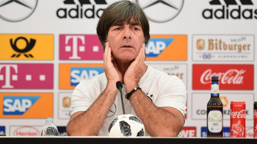 Kurz vor WM-Start: Joachim Löw wird Fan-Hysterie zu viel!