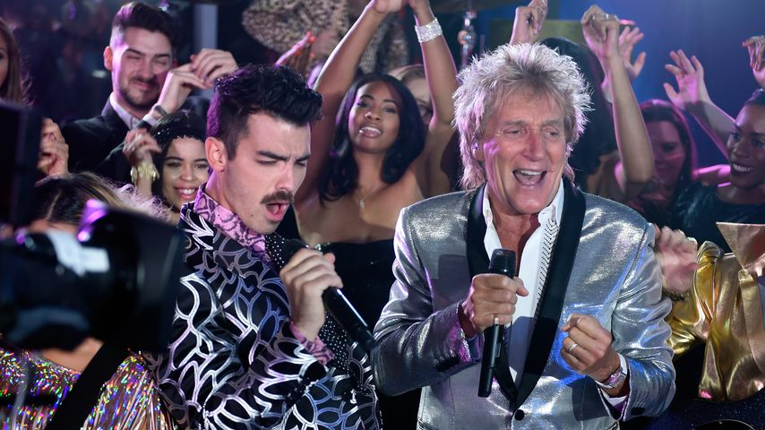 DNCE und Rod Stewart bei den MTV Video Music Awards 2017