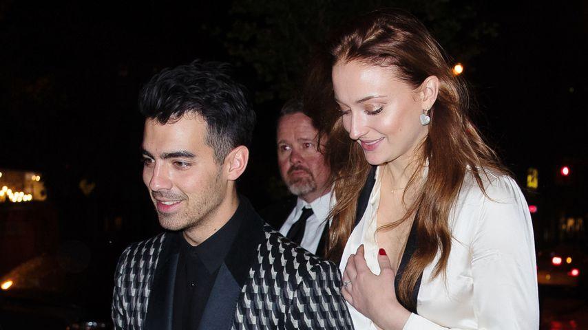 Joe Jonas und Sophie Turner bei ihrer Verlobungsfeier