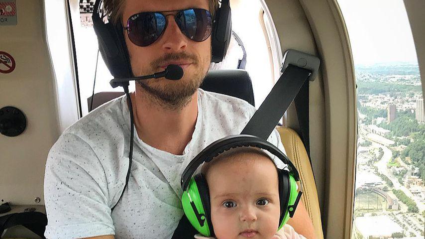 Mit Baby Delia auf dem Schoß: Jörn gibt Honeymoon-Update!