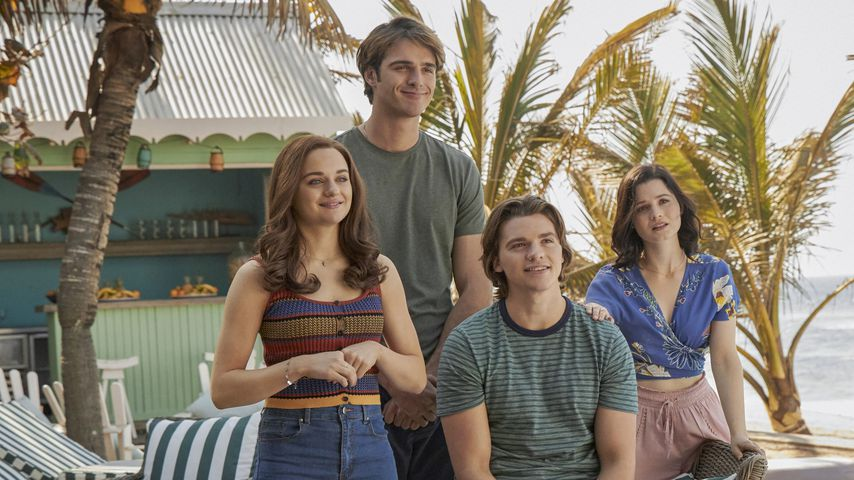"""Joey King, Jacob Elordi, Joey Courtney und Meganne Young in """"The Kissing Booth 3"""""""