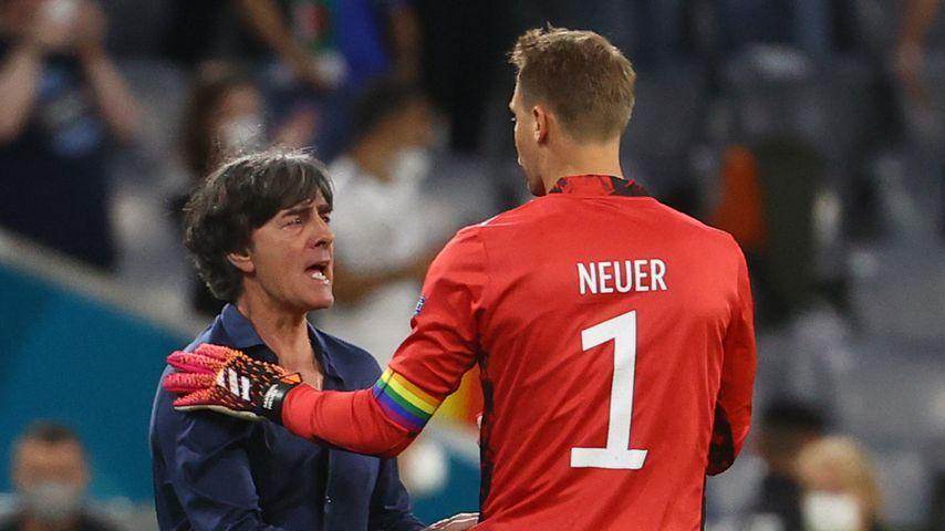 Jogi Löw und Manuel Neuer beim EM-Spiel Deutschland gegen Ungarn, 2021