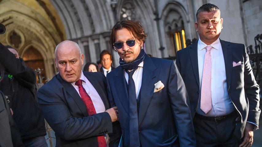 Johnny Depp verlässt den Royal Courts of Justice in London im Jahr 2020
