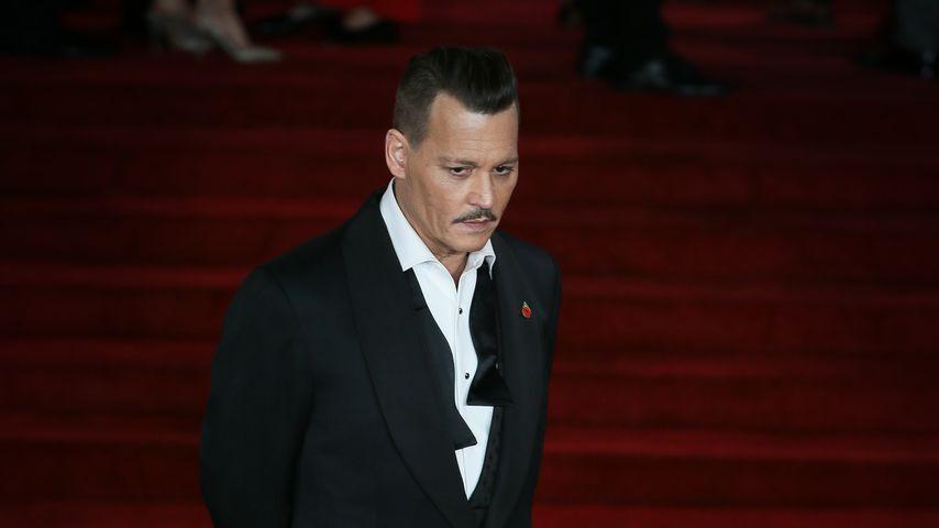 Crew-Mitglied geschlagen? Johnny Depp wird nun verklagt!