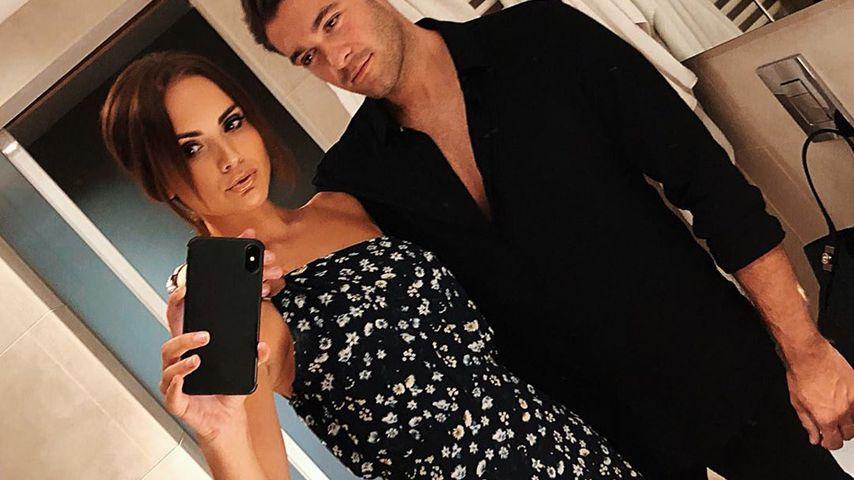 Jonny Mitchell und Danielle Zarb-Cousin