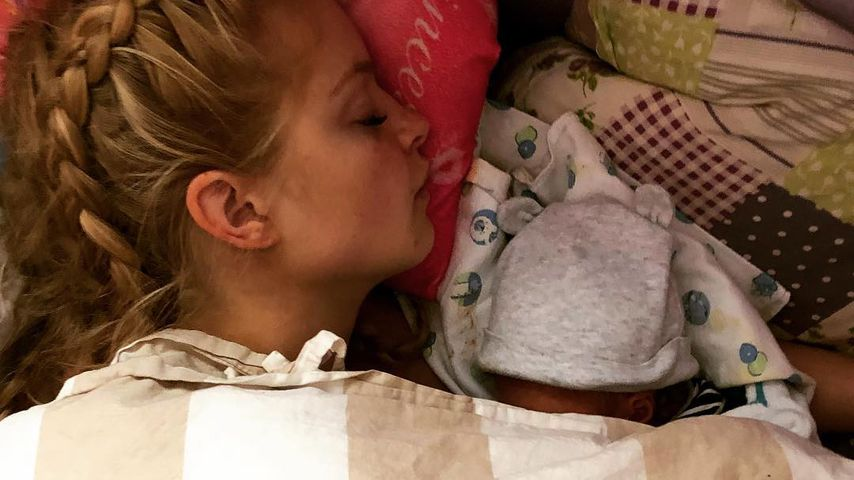 Josephine Welsch mit ihrem Söhnchen