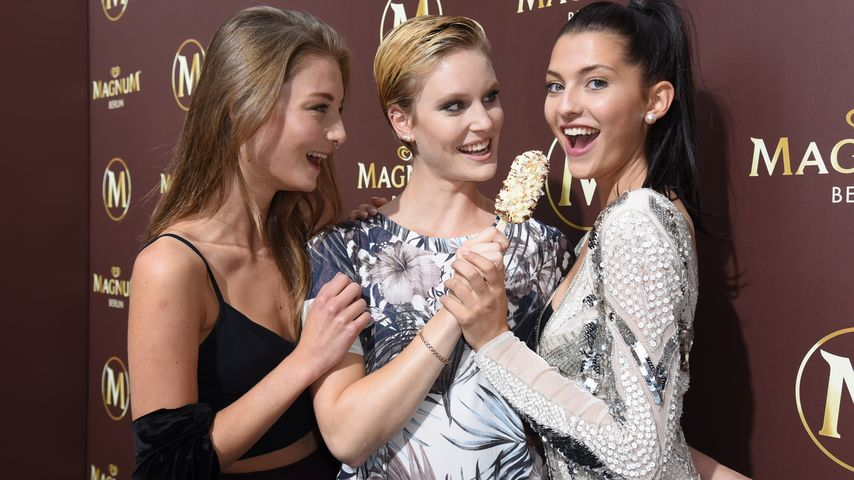 "Julia Wulf, Kim Hnizdo und Fata Hasanovic bei der ""Magnum Chocolate Hour"" in Berlin"