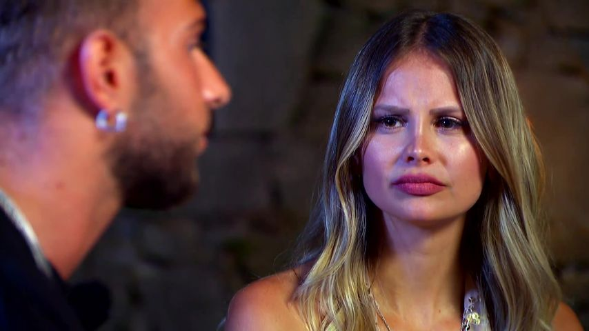 """Julian Evangelos und Stephanie Schmitz bei """"Temptation Island V.I.P."""""""