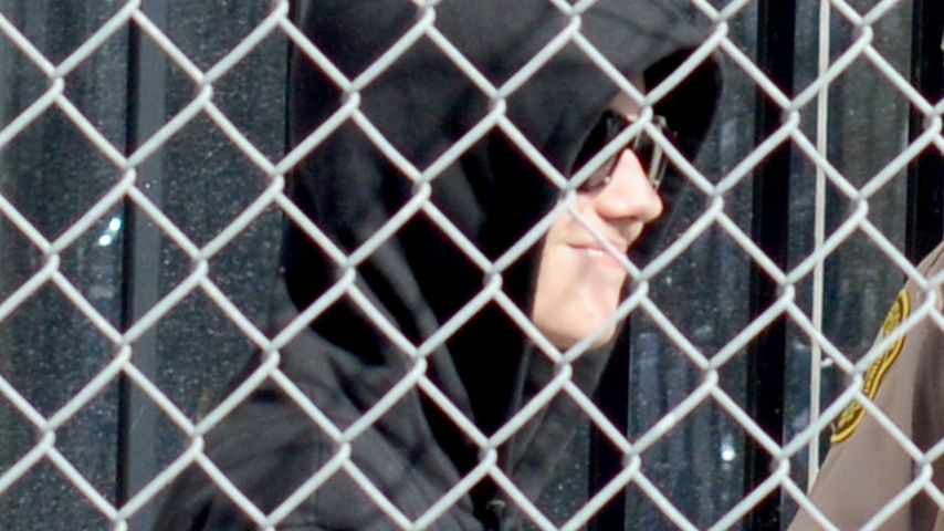 1. Bilder! Hier schleicht der Bieber aus dem Knast