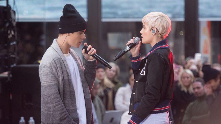 Justin Bieber und Halsey auf der Bühne