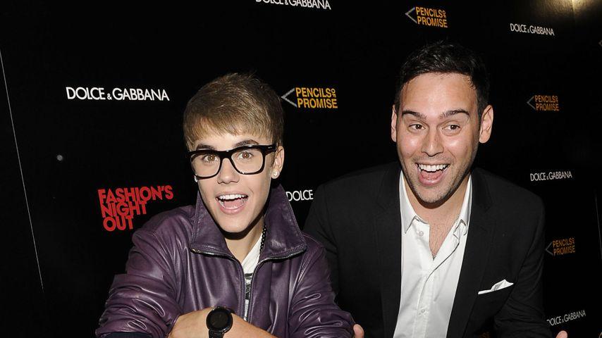Justin Bieber und Scooter Braun, 2011