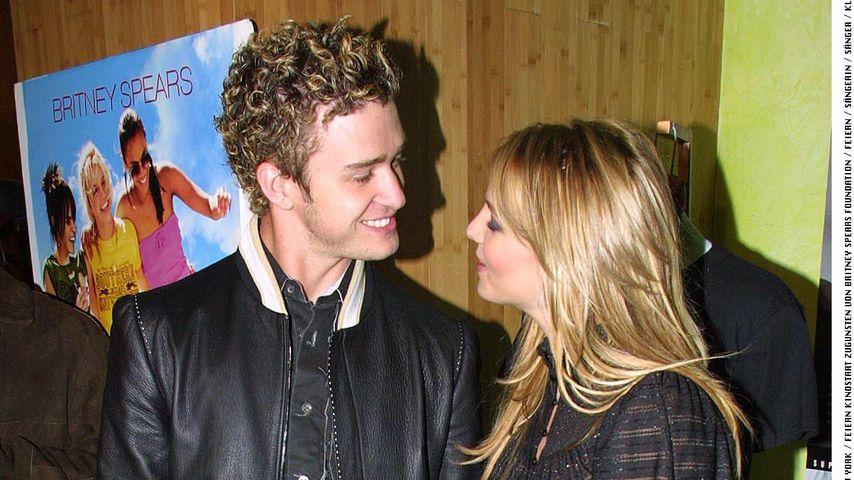 """Justin Timberlake und Britney Spear bei der Filmpremiere von """"Crossroads"""" 2002"""