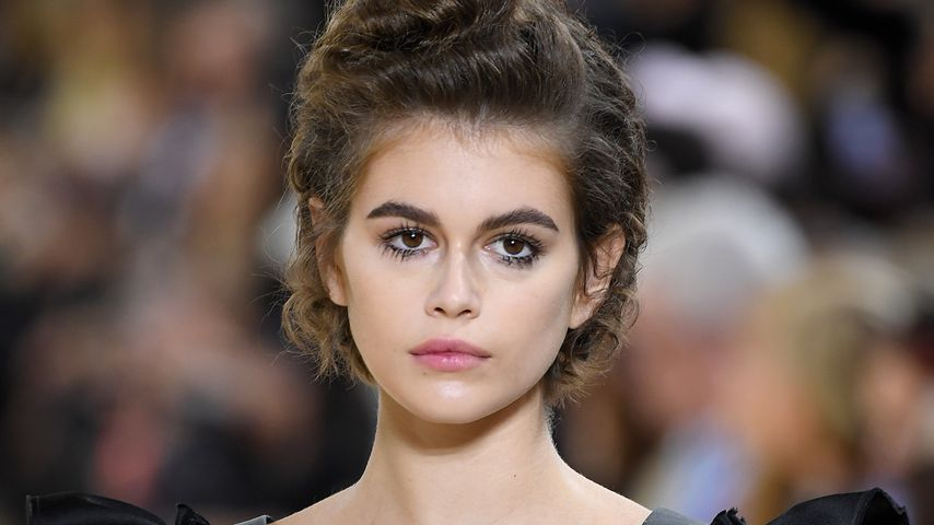 Kaia Gerber auf der Fashion Week in Paris