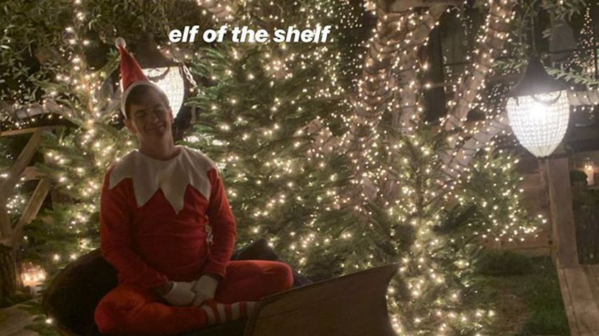 Ein Elf auf der Kardashian-Weihnachtsparty