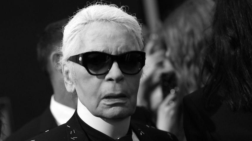 Eilmeldung: Designer Karl Lagerfeld ist tot