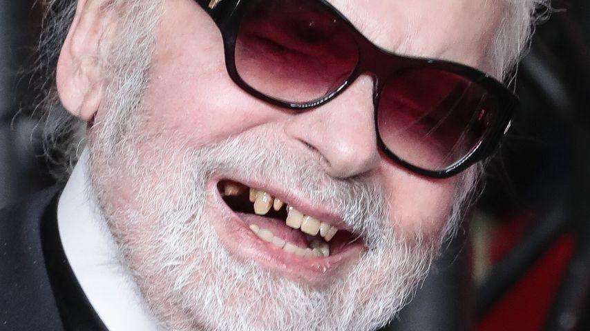 Glücklich trotz Zahnlücken: Karl Lagerfeld strahlt bei Event